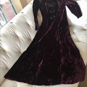 Vintage Velvet Long Sleeve Dress 6